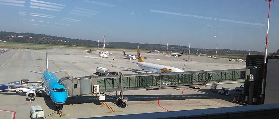 Uczniowie 1 TPM na lotnisku Kraków-Balice